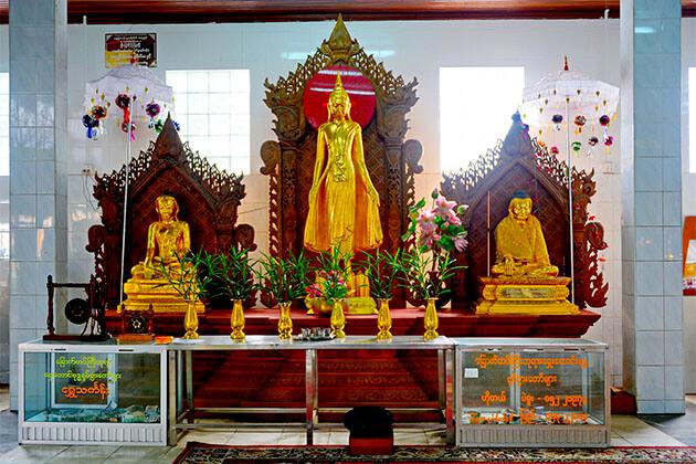 Chauk Htata Gyi Pagoda Myanmar River Cruise