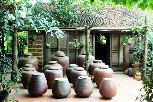 Duong Lam Ancient Village,