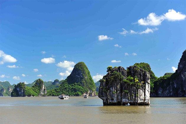 Incense Burner (Hon Dinh Huong) River Cruise