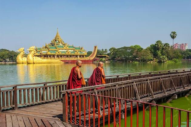 Kandawgyi Park Myanmar River Cruise