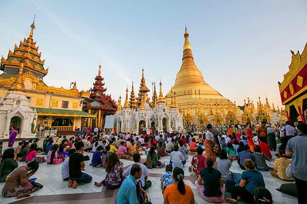 Mon-style Shewemawdaw Pagoda