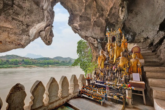 Pak Ou Caves River Cruise in Mekong