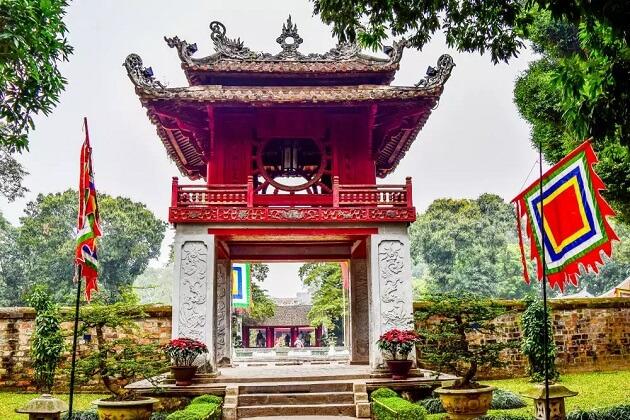 Temple of Literature River Cruise