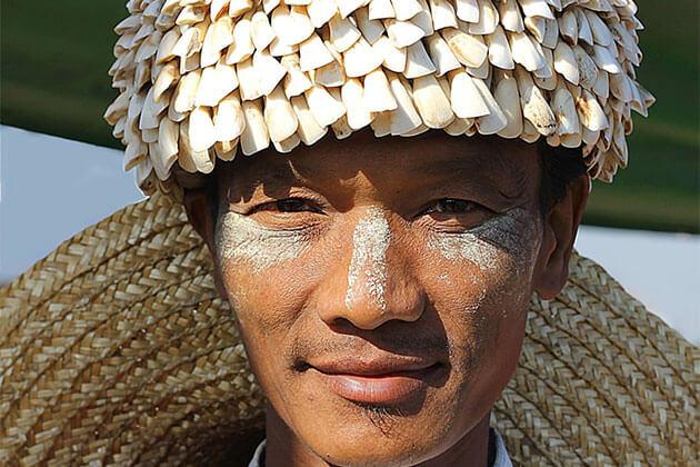 Thanaka Myanmar Culture