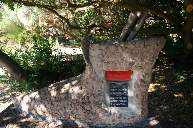 post tree in south africa